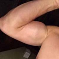 mec muscle sexy de Saint Medard en Jalles